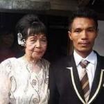 Pemuda 28 Tahun Nikahi Nenek 82 Tahun